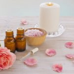 【ローズ油】とは?化粧品香料成分の特徴・安全性について